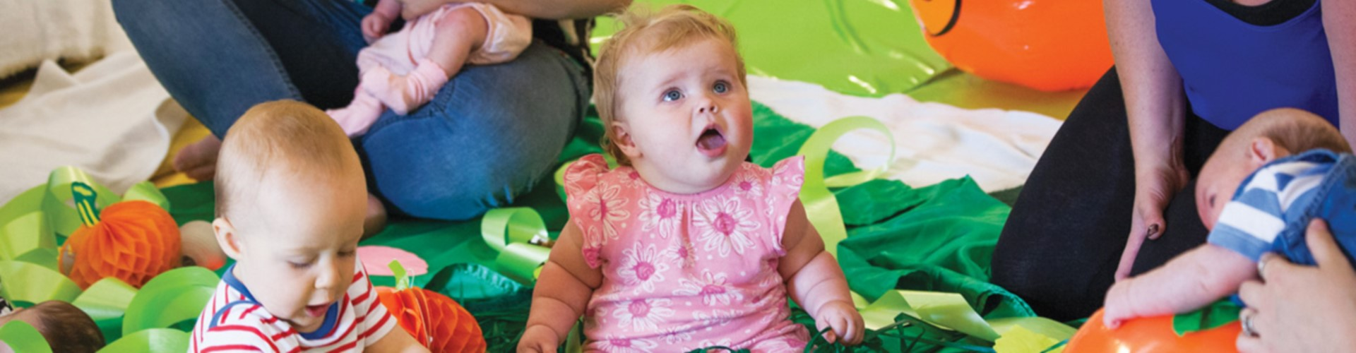 BABY SENSORY background image